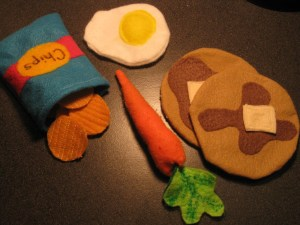 Felt Play Food – I like to sew after all!